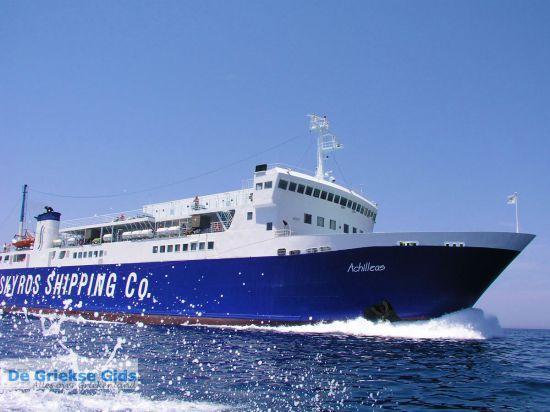 Met de boot van eiland naar eiland in Griekenland